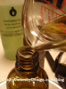 Pouring facial oil cleanser